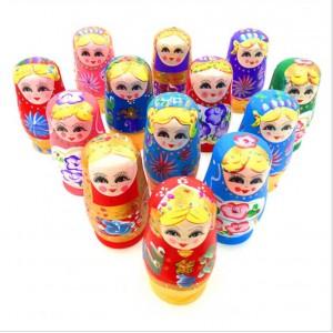 T006 木製俄羅斯油彩套娃
